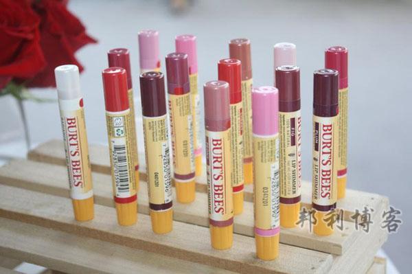 英国小蜜蜂护唇膏