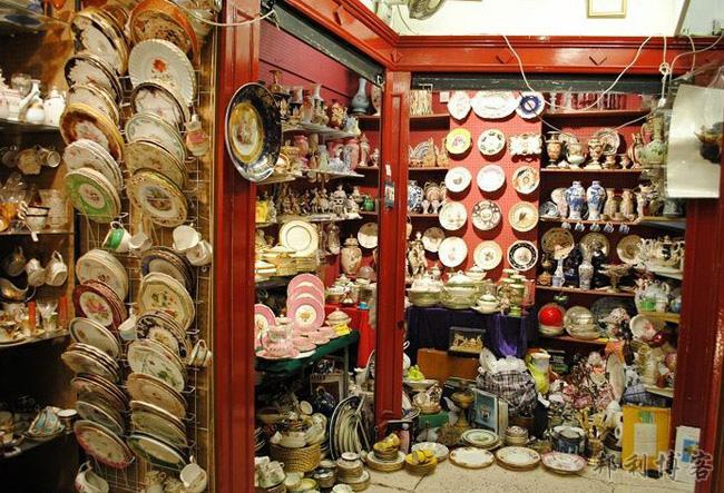 诺丁上古董市场