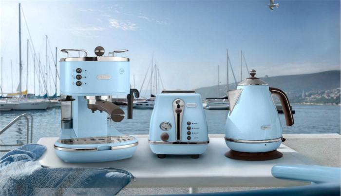 德龙泵压式咖啡机