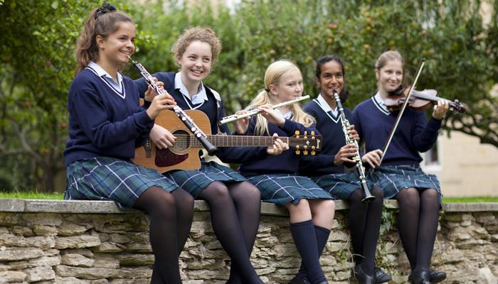 英国寄宿学校