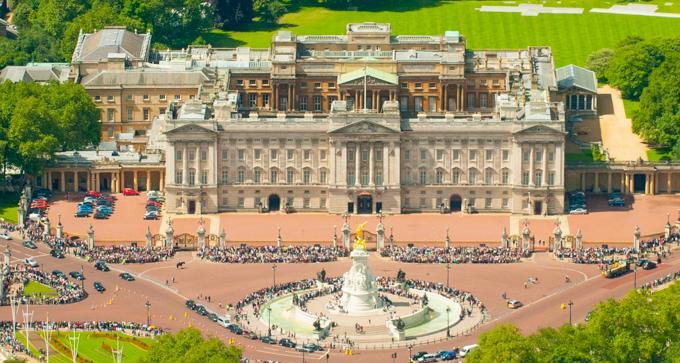 伦敦旅游之白金汉宫