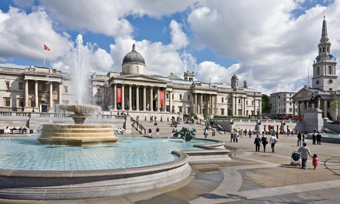 伦敦旅游之特拉法加广场