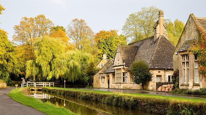Bourton-On-The-Water(水上伯顿)