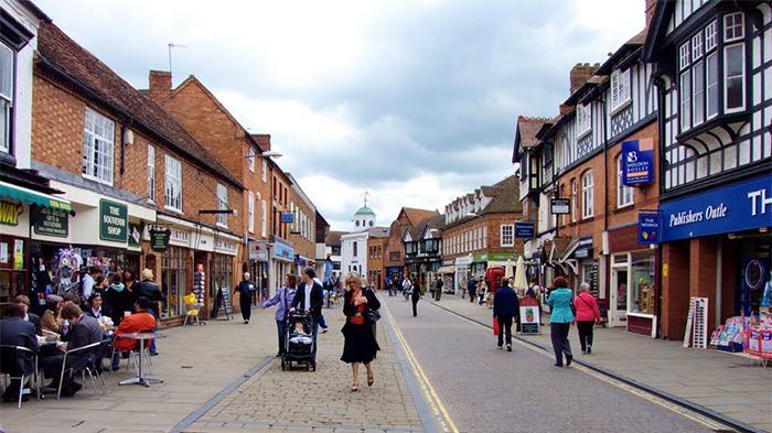 斯特拉特福(Stratford-upon-Avon)