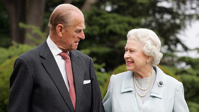 伊丽莎白二世夫妇