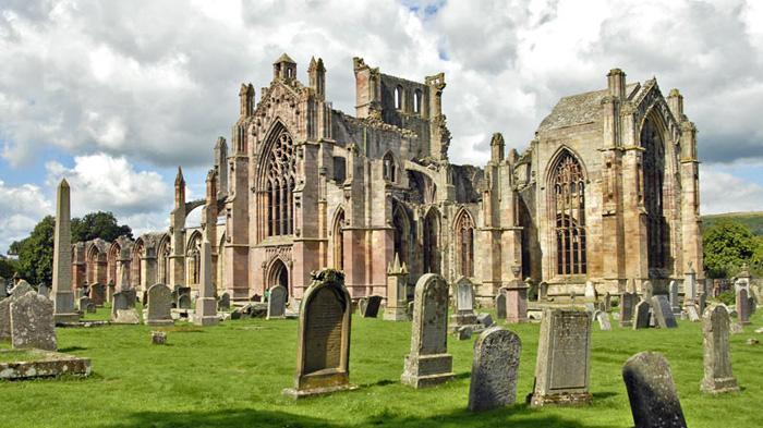 Melrose Abbey   梅尔罗斯修道院