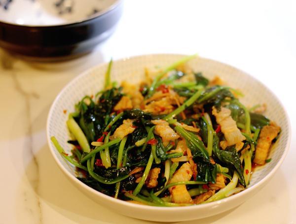 英国野韭菜怎么吃