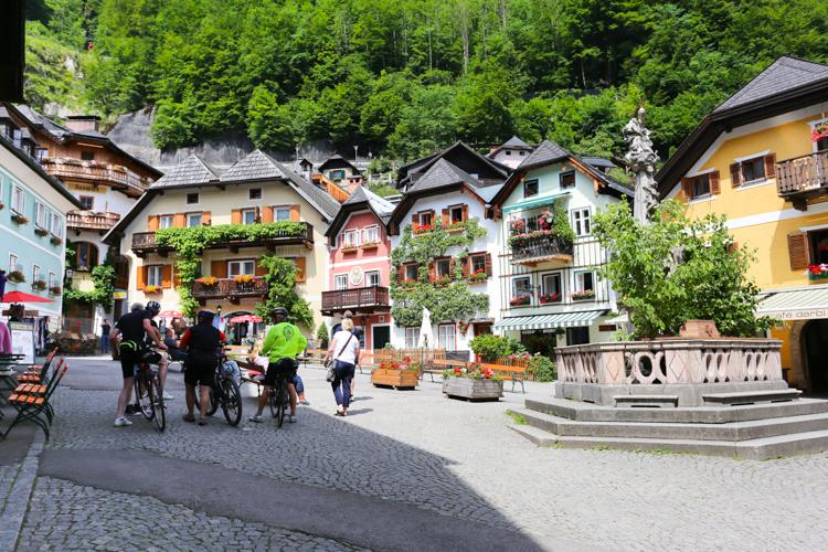 奥地利hallstatt哈尔斯塔特小镇风景