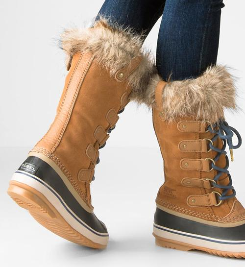 Sorel 雪地靴