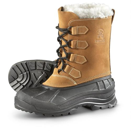 Kamik 雪地靴