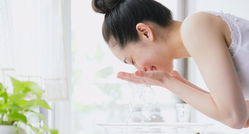 【Freeplus】芙丽芳丝洗面奶评测,干皮、混合皮和敏感皮都不容错过