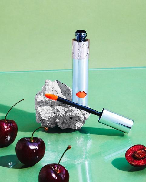 Yves Saint Laurent Volupté Liquid Colour Balm(圣罗兰情挑诱吻蜜)