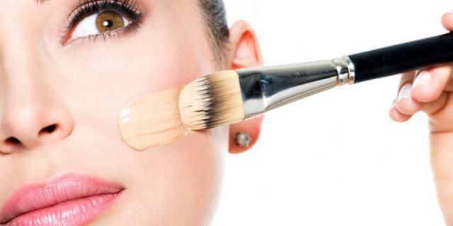 打造春季心机妆,先给你推荐5支欧美系养肤粉底