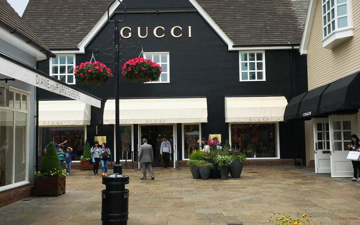 比斯特购物村Gucci店