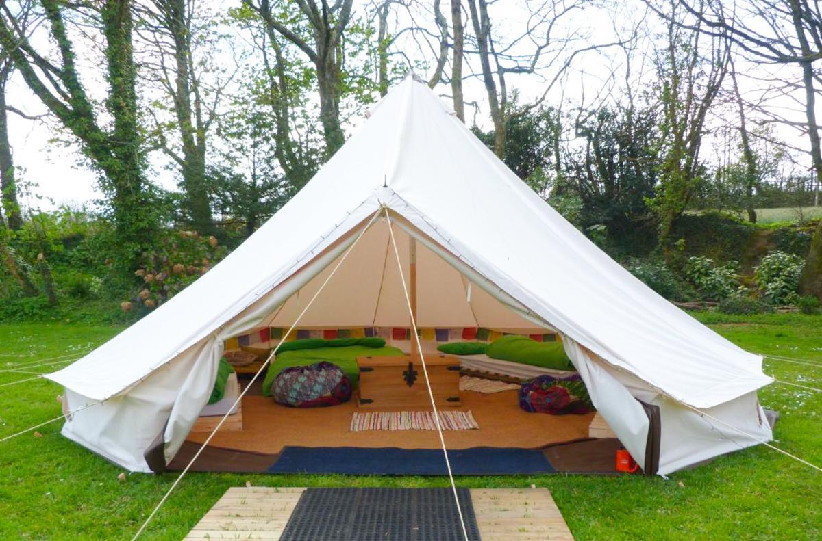 彭赞斯青年旅社帐篷