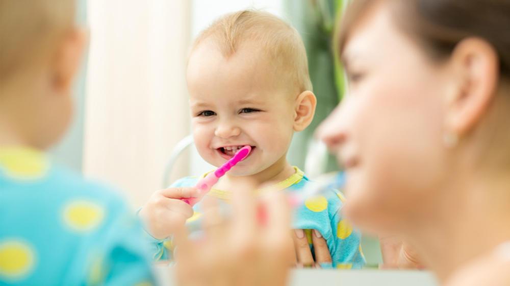 英国儿童牙膏牙刷